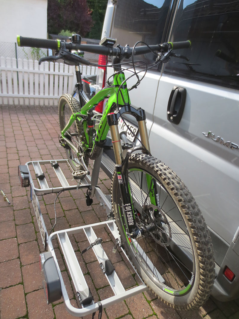 fahrradtr ger f r anh ngerkupplung eufab bike three 11412. Black Bedroom Furniture Sets. Home Design Ideas